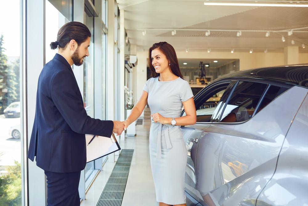 Waar moet je op letten als je je auto gaat verkopen? En hoe ga je dat het beste doen?